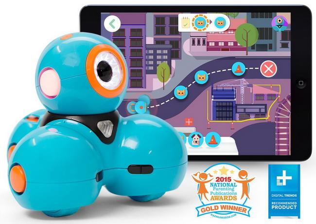 Wonder Workshop Dash Robot for children