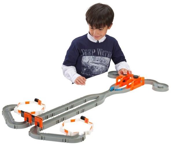 Hexbug nano racetrack habitat toy for kids